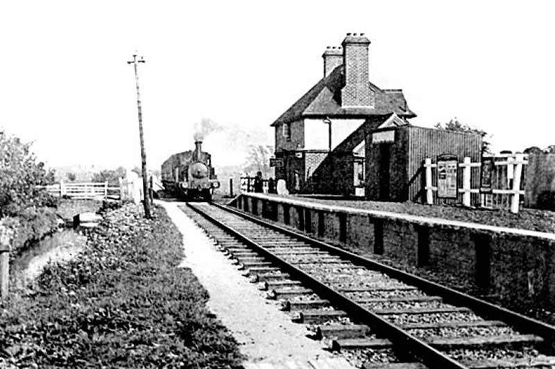 Alverstone Station in the early 20th century.
