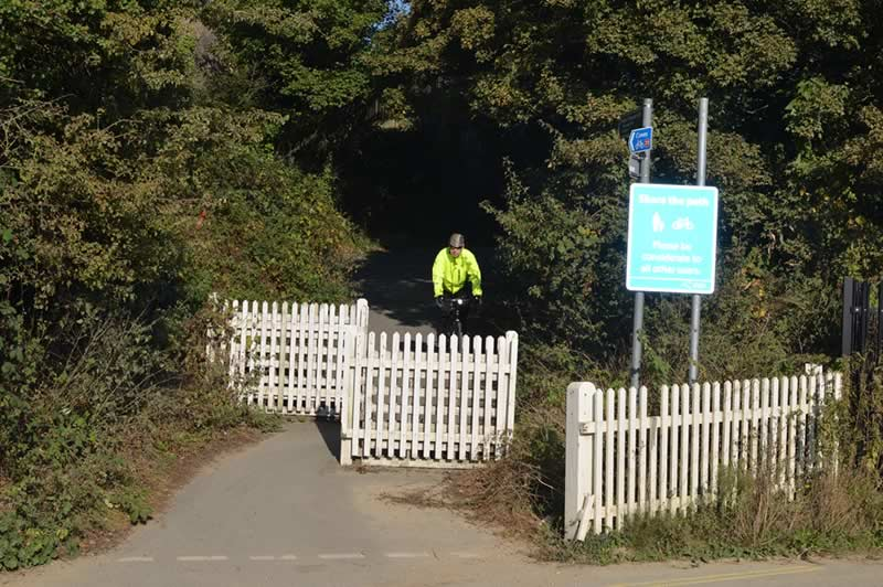 The end of the Cowes to Newport cycle path at Little London, Newport.