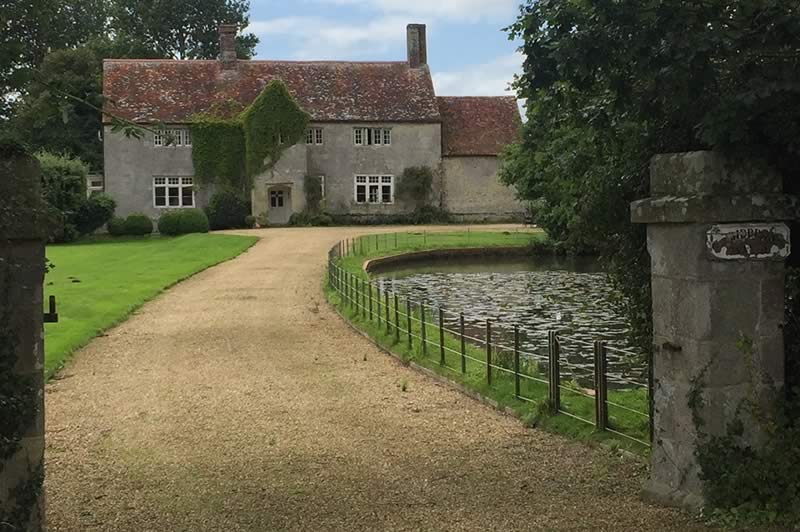 Great Budbridge Manor
